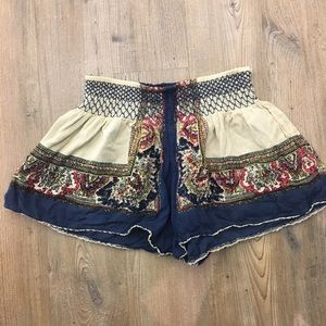 Free People elastic waist pattern shorts